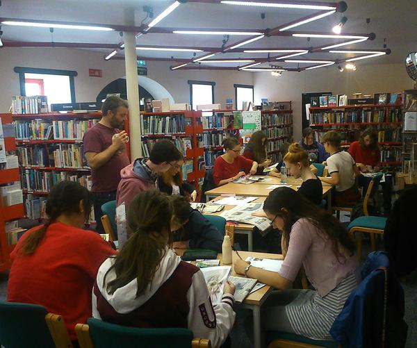 Dave Lordan teaching creative writing to local teens in Clonakilty Library